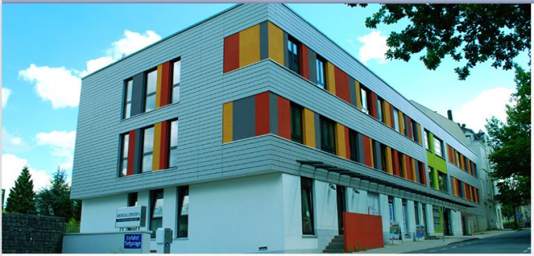 Front Gebäude